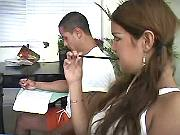 Guy n ts play w big dildo